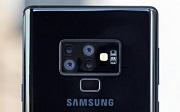 Новый смартфон с четырьмя тыльными камерами от компании Samsung
