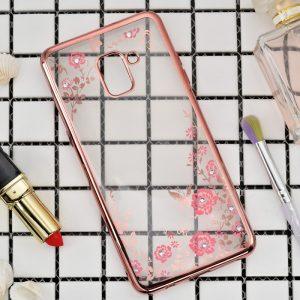 Прозрачный силиконовый (TPU) чехол (накладка) с цветами и стразами с розовым глянцевым ободком для Samsung A530 Galaxy A8 (2018)