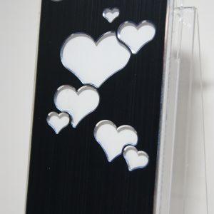 Защитный пластиковый  черный чехол с серебряными сердечками для Iphone 4