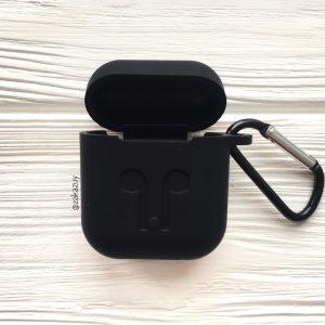 Черный силиконовый чехол для Apple Airpods (Black)