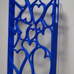 Защитный пластиковый  матовый синий чехол с сердечками для Iphone 4