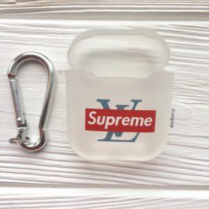 Белый матовый силиконовый чехол Soft Touch Supreme для Apple Airpods (White)