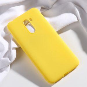 Матовый силиконовый (TPU) чехол для Xiaomi Pocophone F1 (Желтый)